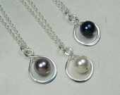 Bridesmaid Jewelry Bridesmaid Gift Set of 5 Infinity Pearl Bridal Necklace Purple Navy Blue Bridal Jewelry Wedding Jewelry