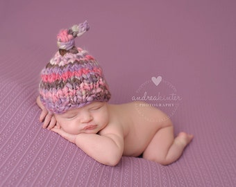 Newborn Hat PATTERN, Abeline Tie Top Baby Hat, Handspun, Thick and Thin Yarn, Newborn Props, Knit Photography Prop, Bulky Yarn, Baby