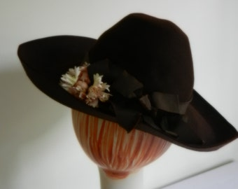 Brown Felt 1930s-40's Hat by Brucewood of Maurice L. Rothchild of Chicago.