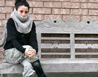 Knit Cowl Knitted Scarf Circle Scarf in Marble Grey // THE ALGOMA THERMAL