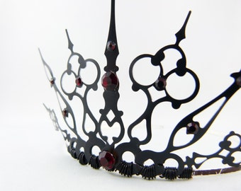 Red Gothique - Black Filigree Gothic Tiara Evil Queen Crown Evil Queen Tiara Red Queen Costume Queen of Hearts - Made to Order