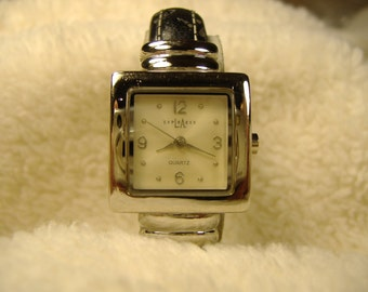 Vintage 1980s LA Express Clasp Quartz Watch