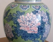 Porcelaine Large Chinese ginger jar - One of a kind collectible - Handpainted in Blue, Green and Pink