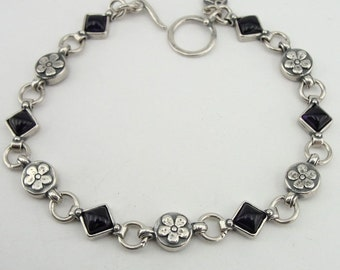 NEW ISRAEL Handcrafted Amethyst Sterling Silver 925 Bracelet upgrades any outfit