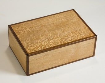 Jewelry box crafted of sycamore and jatoba with removable tray