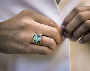 Labradorite ring,gemstone ring,cocktail ring,prong ring,stone ring,round ring,gold ring