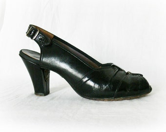 Vintage 40s Black Peep-Toe Slingback Shoes Heels 7.5 Leather Soles