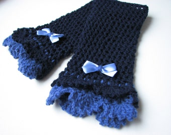 Blue  Victorian lace mittens