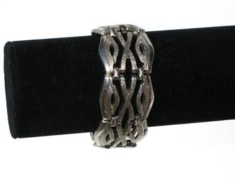 Vintage 60s Boho Bracelet / Silver Tone Bracelet / Articulated Bracelet / Aztec Design / 1960s Bracelet / Mod Bracelet / BP