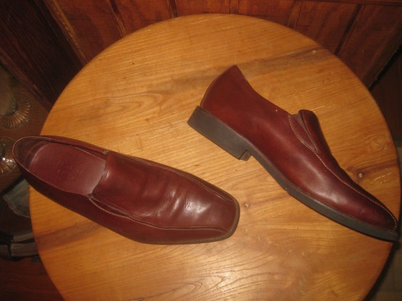 NEIL M. Leather On Rubber Slip-on Shoes Made By Dotyvintage