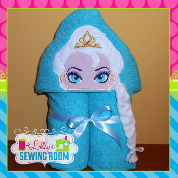 Frozen's Queen Elsa Hooded Towel Can Be Personalized