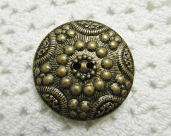 "Vintage Star and Dot: Large 1-1/8"" (28mm) Two-Part Metal Button"