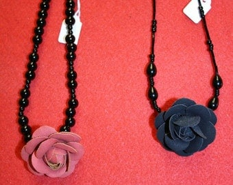 Short rose necklaces
