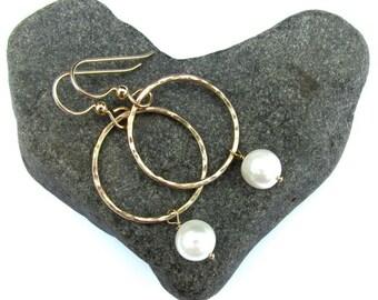 White Pearl Hoop Earrings, Small Gold Hammered Hoops, Elegant, Bridal Wedding Jewelry, June Birthstone, Christmas Gift Idea, Handmade Maui