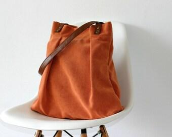 Big Tote Fall Fashion Vegan leather straps Summer Handbag Orange