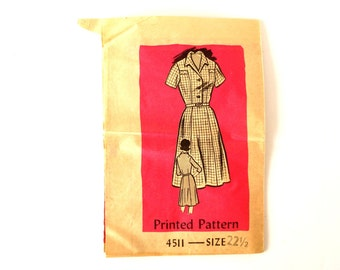 Vintage Ladies' Short-Sleeve Dress by Anne Adams Pattern 4511, Complete (Size 22-1/2) (c.1950s) - Collectible, Ephemera, Sewing Supply