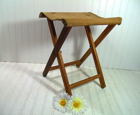 Vintage Khaki Canvas Fabric Amp Wood Camp Chair Retro Boy