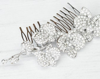 Silver wedding orchid comb. Vintage inspired crystal wedding comb. Silver crystals bridal hair comb.
