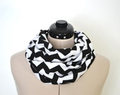Chevron Infinity Scarf, Black & White Circle Zig Zag Cowl Neck Wrap