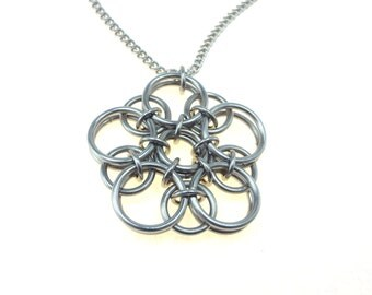 Celtic Knot Star Chainmaille Pentagram Necklace