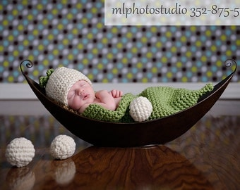 Pea Pod Crochet Cocoon and a Beanie Set Photography prop