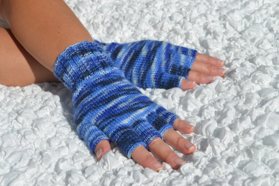 Hand-knitted half finger gloves handmade blue wool by HandyDuo