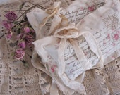 Paris  Apartment - ROMANTIC - Handmade - Lavender Sachet -