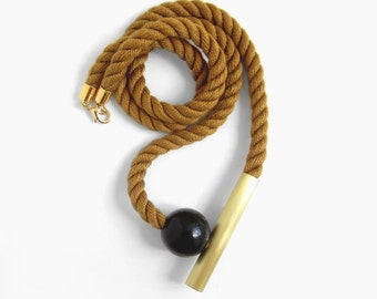 Otoño - Caramel Mokuba rope, brass tube and wooden ball
