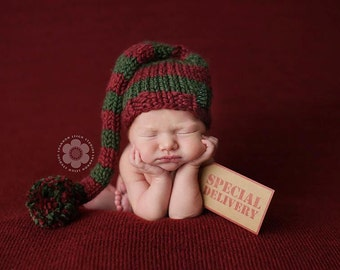 Red and Green Chunky Striped Elf Hat, Newborn Photography Prop, Newborn Christmas Hat