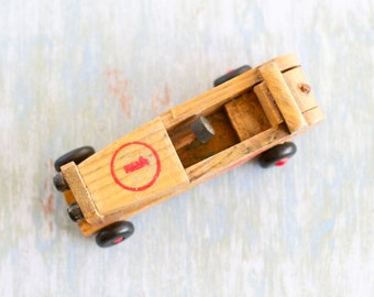 Wood Sports Car - Antique Toy - Race Car nr 1