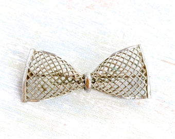 Dark Silver Bow Brooch