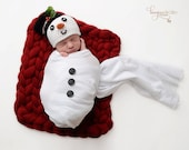 Crochet NEWBORN Snowman Hat and Scarf Photography Prop