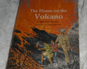 The House on the Volcano by Virginia Nielsen Vintage Scholastic Book TX 1561