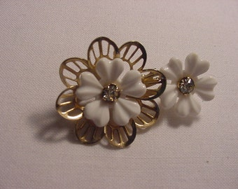 Vintage White Flowers With Rhinestone Accents Brooch   605