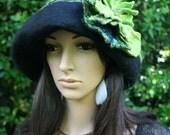 """RESERVE JOANNE Felted hat """"Ombre et lumière, Emeraude"""""""