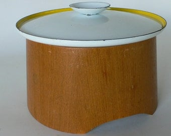vintage cooking pan with wooden sleeve Sverige, made in Swedan Kobenstyle from Diz Has Neat Stuff