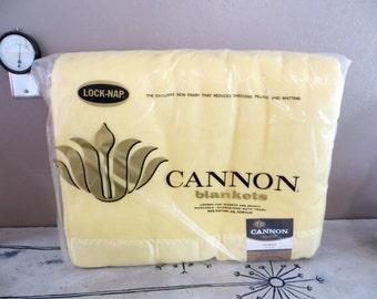 NBU Cannon Blanket Lock Nap Cannon Blanket Yellow Blanket Vintage Cannon Bedding Vintage Bedding Dorset 80 x 90