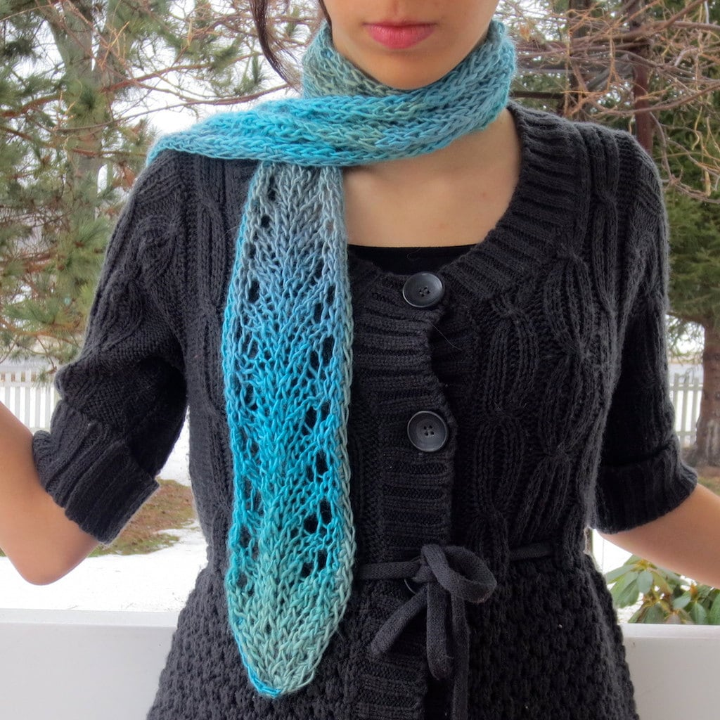 Fishnet Scarf Knitting Pattern : Vine Lace Scarf Knitting Pattern PDF Beginning Lace Knitting