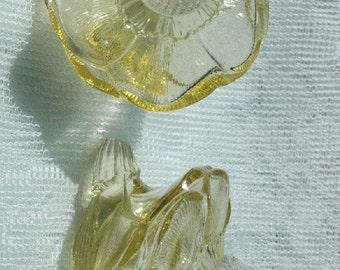 Vintage Art Glass Czechoslovakia Yellow Flower S/P Shakers Elegant Dining - FREE SHIPPING