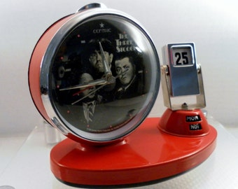 Vintage 1994 Three Stooges Retro Desk Alarm Calendar Clock. Rare Centric, Norman Maurer Productions, Inc.  Red, Chrome, Battery Operated