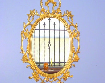 """Hollywood Regency Syroco Gold Mirror Ornate Framed Oval - Big 33"""" x 21"""" - Rococo"""