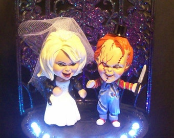 CHUCKY and Tiffany Wedding Cake Topper GOTHIC Bride of Chucky White Light