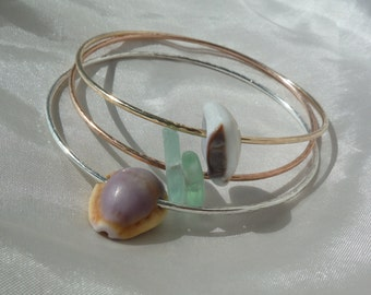 Tri Gold 14G Shell Bangle set.