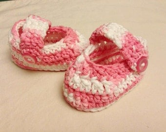 Crochet baby shoes size 3-6 mos - an adorable baby shower gift, made to order