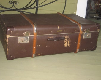 Steampunk Vintage European Suitcase with Wood Ribs Meteor