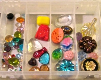 Take 30% Off 100 Piece Vintage Crystal Glass Etched Colored Cabachons Charms Collection