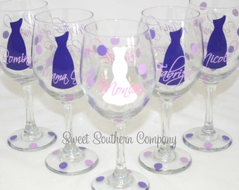 1 Personalized Bridesmaid Wine Glasses with Strapless Dress