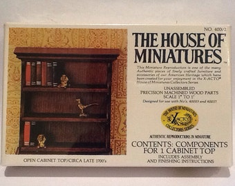 Vintage House of Miniatures Open Cabinet Top 40002