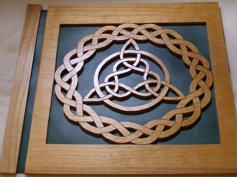Celtic Trinity Knot from MemoryShoppe on Etsy Studio