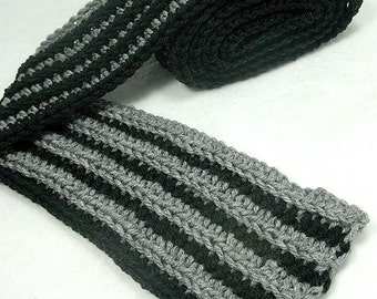 Shadow Ribbed Scarf